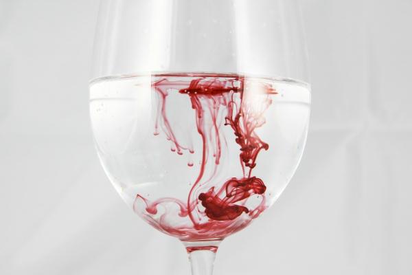 limpieza-fluidos-corporales-sangre-biotrauma